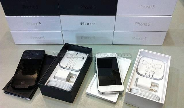 شراء Apple iPhone 5 HSDPA 4G LTE Unlocked Phone (SIM Free)