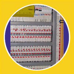 لوحات التحكم الكهربائية