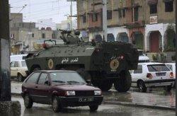 شهود: 5 قتلى آخرين في اشتباكات بين المحتجين والشرطة في تونس