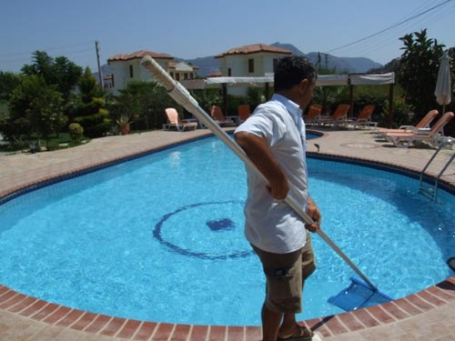 طلب Maintenance and Cleaning of The Pool
