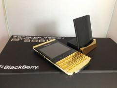 Blackberry Porsche p9981 Gold Design & Q10